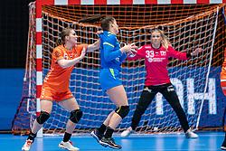 Laura van der Heijden of Netherlands in action during the Women's friendly match between Netherlands and Slovenia at De Maaspoort on march 19, 2021 in Den Bosch, Netherlands (Photo by RHF Agency/Ronald Hoogendoorn)