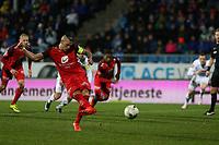 Fotball , 28. oktober 2017 , Eliteserien, Haugesund - Brann.<br />Vito Wormgoor fra Brann skåring andre mål mot Haugesund.<br />Foto: Andrew Halseid Budd , Digitalsport