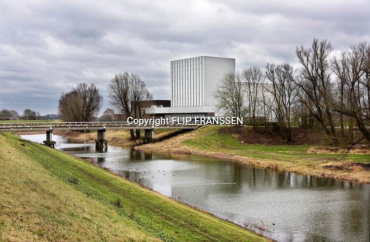 Nederland, Dodewaard, 8-2-2019 De Kerncentrale Dodewaard is een voormalige atoomcentrale van de GKN in de Nederlandse plaats Dodewaard. De centrale was in bedrijf van 1969 tot 1997. Hij is nu in veilige insluiting,  sloop van het reactorhuis staat voor 2045 gepland. Foto: Flip Franssen
