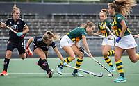 AMSTELVEEN -  Imme van Es (HDM) ) met tijdens de competitie hoofdklasse hockeywedstrijd dames, Amsterdam-HDM (1-1).  COPYRIGHT KOEN SUYK