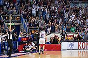 DESCRIZIONE : Bologna LNP A2 2015-16 Eternedile Bologna De Longhi Treviso<br /> GIOCATORE : <br /> CATEGORIA : Pubblico Tifosi Fans Supporters Panoramica Composizione Striscione Esultanza Pubblico<br /> SQUADRA : Eternedile Bologna<br /> EVENTO : Campionato LNP A2 2015-2016<br /> GARA : Eternedile Bologna De Longhi Treviso<br /> DATA : 15/11/2015<br /> SPORT : Pallacanestro <br /> AUTORE : Agenzia Ciamillo-Castoria/A.Giberti<br /> Galleria : LNP A2 2015-2016<br /> Fotonotizia : Bologna LNP A2 2015-16 Eternedile Bologna De Longhi Treviso