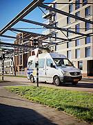 EINDHOVEN  Erik van Hal, verkeersplanoloog bij gemeente Eindhoven over de Flexbus in Strijp / Eindhoven