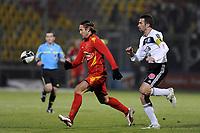 FOOTBALL - FRENCH CHAMPIONSHIP 2010/2011 - L2 - LEMANS FC v VANNES OC - 21/12/2010 - PHOTO JEAN MARIE HERVIO / DPPI - THORSTEIN HELSTAD (LMFC) / PASCAL DELHOMMEAU (VAN)