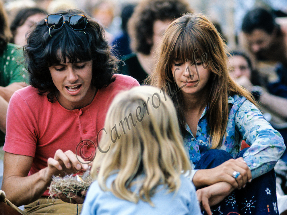 Donovan - Sunshine Superman<br /> - Isle of Wight Music Festival 1970, by Charles Everest.