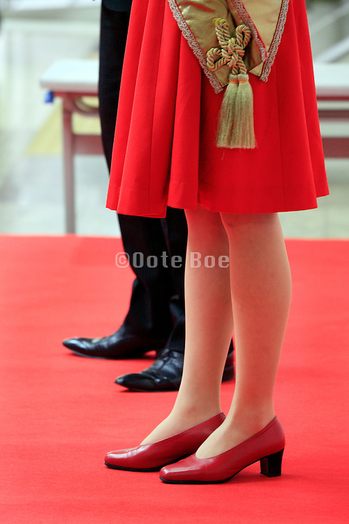 female and male host on the Red Carpet