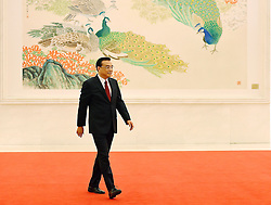 Chinese Premier Li Keqiang arrives for his press conference at the Great Hall of the People in Beijing, capital of China, March 16, 2016. EXPA Pictures © 2016, PhotoCredit: EXPA/ Photoshot/ Chen Yehua<br /> <br /> *****ATTENTION - for AUT, SLO, CRO, SRB, BIH, MAZ, SUI only*****