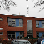 NLD/Huizen/20080123 - GSM/ UMTS mast naast basisschool de Werf Huizen
