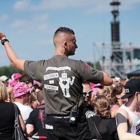 Nederland, Landgraaf, 13 juni 2015<br /> Beveiliging aan het werk tijdens  de tweede dag van het Pinkpopfestival.<br /> <br /> <br /> Foto: Jean-Pierre Jans
