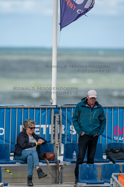 Sanne Keizer's parents look on relaxed. The Final Day of the DELA NK Beach volleyball for men and women will be played in The Hague Beach Stadium on the beach of Scheveningen on 23 July 2020 in Zaandam.
