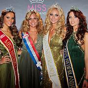 NLD/Nijkerk/20110710 - Miss Nederland verkiezing 2011, Miss Nederland 2011  Jill Lauren de Robles, Miss Nederland 2010 Desiree van den Berg, Miss Nederland Universe 2011 Kelly Weekers en Miss Nederland Earth Jill Duijves