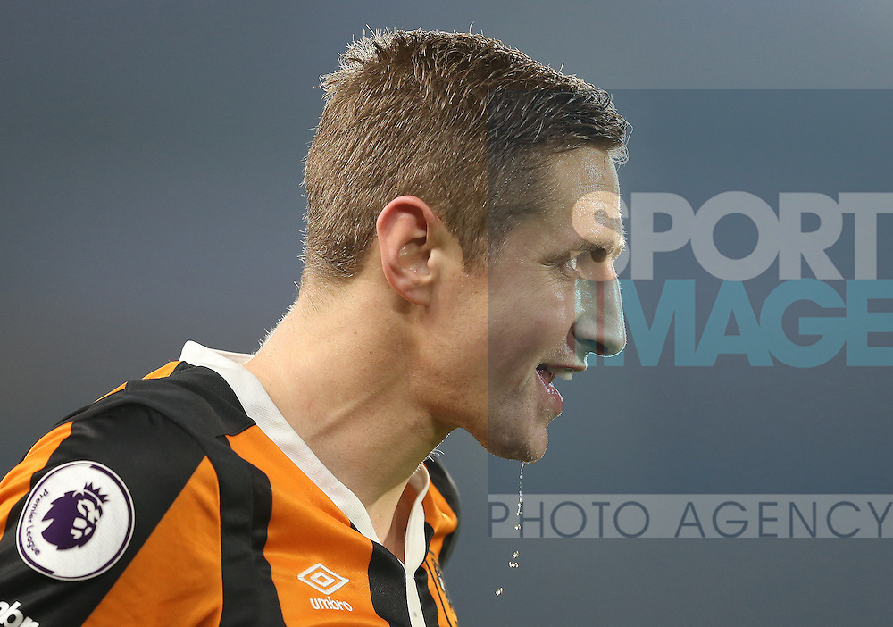 Michael Dawson of Hull City during the English Premier League match at the KCOM Stadium, Kingston Upon Hull. Picture date: December 30th, 2016. Pic Simon Bellis/Sportimage