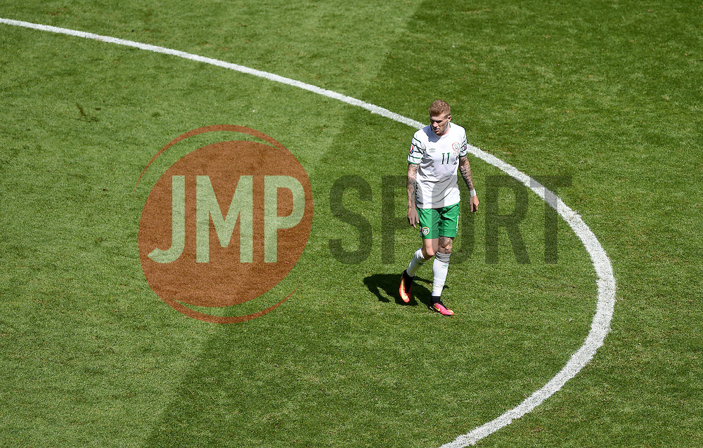James McClean of Republic of Ireland  - Mandatory by-line: Joe Meredith/JMP - 26/06/2016 - FOOTBALL - Stade de Lyon - Lyon, France - France v Republic of Ireland - UEFA European Championship Round of 16