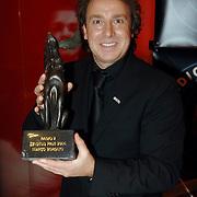 NLD/Utrecht/20060319 - Gala van het Nederlandse lied 2006, Marco Borsato en de Radio 2 Zendtijd prijs