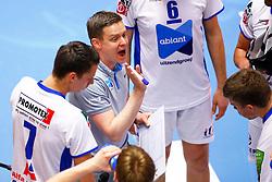 20150426 NED: Eredivisie Landstede Volleybal - Abiant Lycurgus, Zwolle<br />Arjan Taaij, headcoach of Abiant Lycurgus<br />©2015-FotoHoogendoorn.nl / Pim Waslander
