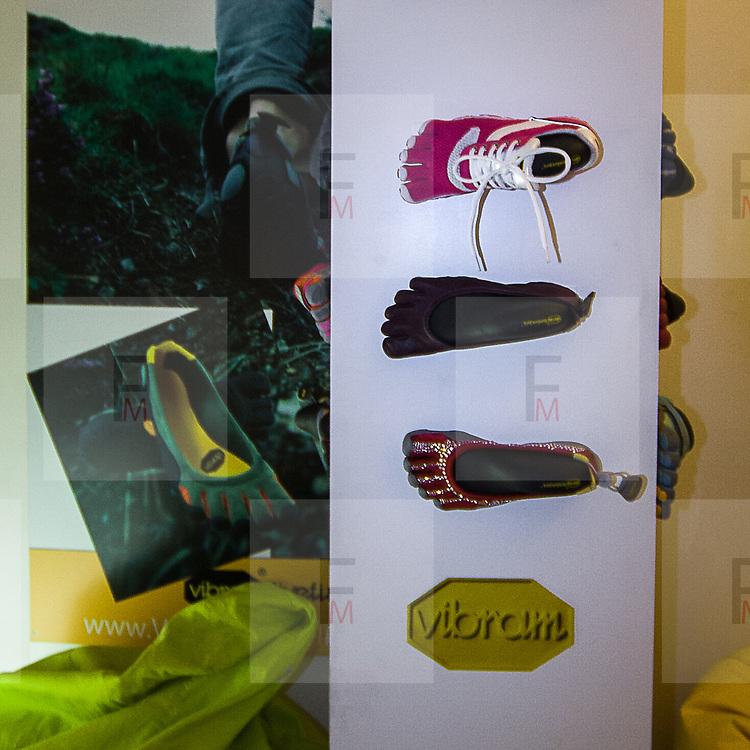 FuoriSalone2010 Zona Tortona: nel suo show room Vibram presenta le scarpe con le dita<br /> <br /> In his show room Vibram propose the shoes with fingers