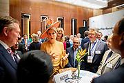 Zijne Majesteit Koning Willem-Alexander en Hare Majesteit Koningin Máxima brengen op uitnodiging van president Ram Nath Kovind een staatsbezoek aan de Republiek India.<br /> <br /> His Majesty King Willem-Alexander and Her Majesty Queen Máxima on a state visit to the Republic of India at the invitation of President Ram Nath Kovind.<br /> <br /> Op de foto / On the photo: Openingssessie Tech Summit in Hotel JW Marriott met minister-president Modi /// Tech Session opening session at Hotel JW Marriott with Prime Minister Modi