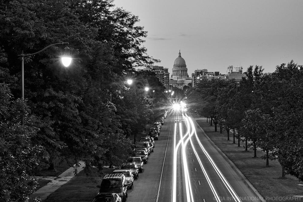 Washington Avenue Thoroughfare