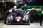 June 10-16, 2019: 24 hours of Le Mans. 7 TOYOTA GAZOO RACING, TOYOTA TS050 - HYBRID,  Mike CONWAY, Kamui KOBAYASHI, Jose Maria LOPEZ pitstop