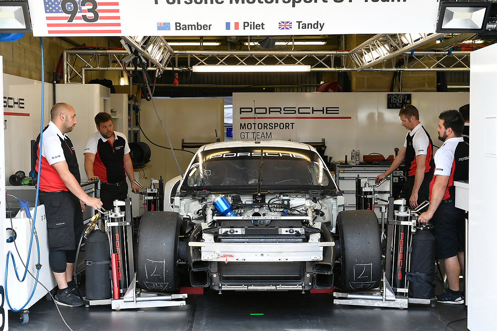 #93 Porsche GT Team Porsche 911 RSR: Patrick Pilet, Nick Tandy, Earl Bamber<br /> Friday 15 June 2018<br /> 24 Hours of Le Mans<br /> 2018 24 Hours of Le Mans<br /> Circuit de la Sarthe WI FR<br /> World Copyright: Scott R LePage