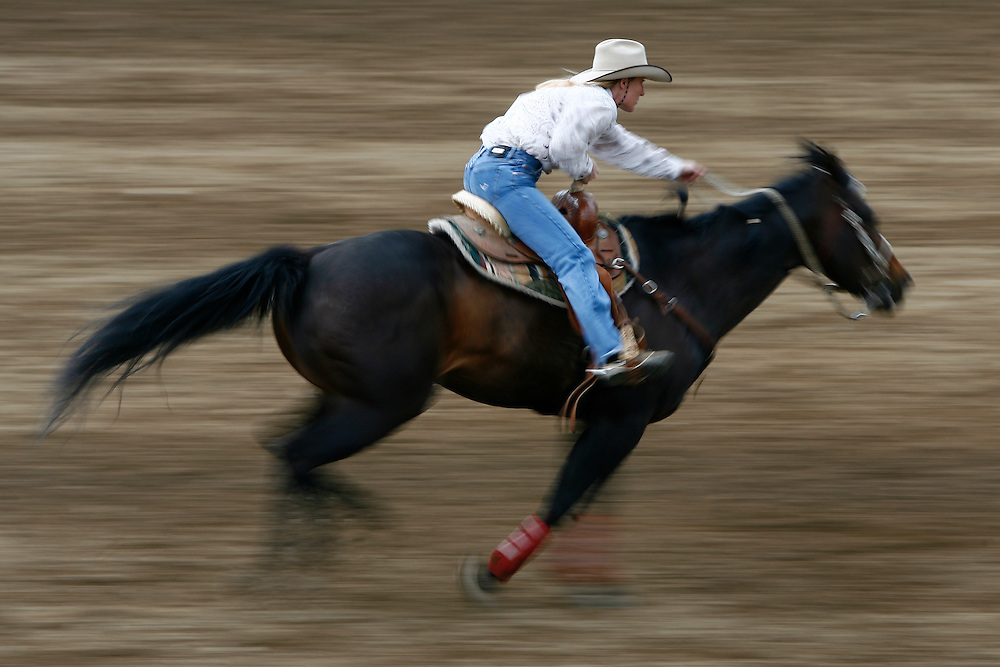 061911-Evergreen, COLORADO-evergreenrodeosun-Taryn Weil, of Elizabeth, CO, rides toward the line during the Evergreen Rodeo Sunday, June 19, 2011 at the El Pinal Rodeo Grounds..Photo By Matthew Jonas/Evergreen Newspapers/Photo Editor