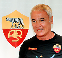 Fotball<br /> Italia<br /> Foto: Inside/Digitalsport<br /> NORWAY ONLY<br /> <br /> Claudio Ranieri during his first press conference as As Roma coach.<br /> <br /> 02.09.2009<br /> Serie A 2009/2010