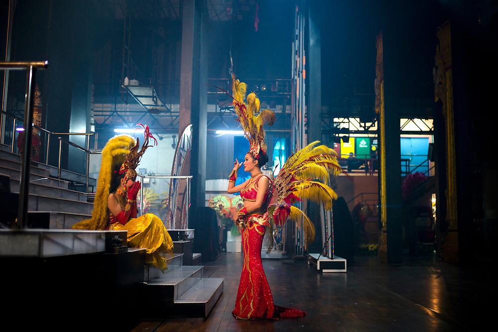 """Pattaya December 2013<br /> The Alcazar Cabaret was established on 1981.Originally, with about 100 performers and staff, the former Alcazar's theater had a capacity of only 350 seats, the new theater has a capacity of 1,000 seats... Nowadays, """"Alcazar"""" is globally famous with the reputation of the best cabaret show in Thailand. In addition, Alcazar becomes a milestone tourist attraction and a must-to-see show for both Thai and foreigners visiting Pattaya.Pattaya Décembre 2013<br /> Le Cabaret de l'Alcazar a été fondé en 1981, à l'origine, avec une centaine de personnes, l'ancien théâtre de l'Alcazar avait une capacité de 350 places, le nouveau théâtre a une capacité de 1.000 places.... De nos jours, """"Alcazar"""" est mondialement connu avec la réputation du meilleur spectacle de cabaret en Thaïlande. De plus, l'Alcazar devient une attraction touristique importante et un spectacle incontournable pour les Thaïlandais et les étrangers qui visitent Pattaya."""