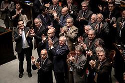 Roma 20.04.2013 - Camera dei Deputati. Il Parlamento è riunito in seduta comune per eleggere il successore di Giorgio Napolitano come Presidente della Repubblica.Nella Foto: Il Centro-Sinistra applaude al raggiungumento del quorum a favore di Giorgio Napolitano. Foto Giovanni Marino