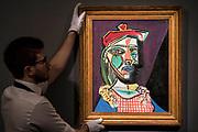 Pablo Picasso, FEMME AU BÉRET ET À LA ROBE QUADRILLÉE (MARIE-THÉRÈSE WALTER), est $50m - Highlights From London's Flagship Sales of Impressionist, Modern, Surrealist & Contemporary Art at Sotheby's London.
