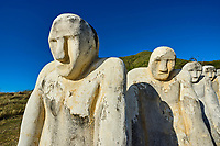 France, Martinique, le Diamant, le Mémorial de l'Anse Cafard symbolisant la noyade des esclaves lors du naufrage d'un navire dans la baie // France, Martinique, Le Diamant, Anse Cafard memorial for slaves drown