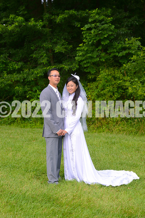 NEWTOWN, PA - JUNE 24: Annie & Chris photo shoot June 24, 2012 in Newtown, Pennsylvania. (Photo by William Thomas Cain/Cain Images)