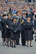 Dodenherdenking 2009 op de Dam in Amsterdam / commemoration of the dead 2009 in Amsterdam<br /> <br /> Op de foto / On the Photo: Queen Beatrix , Princes Maxima and Prince Willem Alexander
