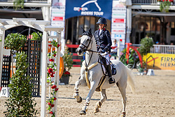 STAIS Alexa (RSA), ITS THE SENATOR 111<br /> Münster - Turnier der Sieger 2019<br /> MARKTKAUF - CUP<br /> BEMER-Riders Tour - Qualifier for the rating competition (comp no 11)  - Stechen<br /> CSI4* - Int. Jumping competition with jump-off (1.50 m) - Large Tour<br /> 03. August 2019<br /> © www.sportfotos-lafrentz.de/Stefan Lafrentz