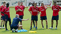 Arsene Wenger Manager gives his Instructions during Arsenal Training session<br />Arsenal 2006/07<br />25/07/06 in Bad Waltersdorf, Austria <br />Photo Philipp Schalber Fotosports International / GEPA