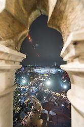 THEMENBILD Christkindlmarkt am Wiener Rathausplatz. Das Bild wurde am 19. Dezember 2013 aufgenommen. im Bild Staende am Christkindlmarkt am Rathausplatz // THEMES PICTURE - Christmas Market at the Viennese City Hall Square. The image was taken on december, 19th, 2013. Picture shows Christmas Market Feature, AUT, EXPA Pictures © 2013, PhotoCredit: EXPA/ Michael Gruber