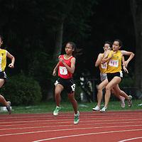 B Division Girls 400m