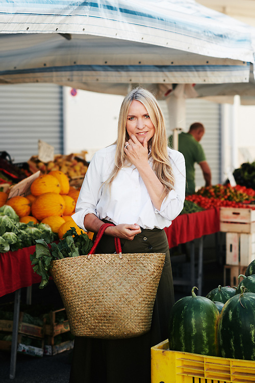 Collette Dinnigan in a fresh food market.  Ostuni, Italia. September 28, 2019.