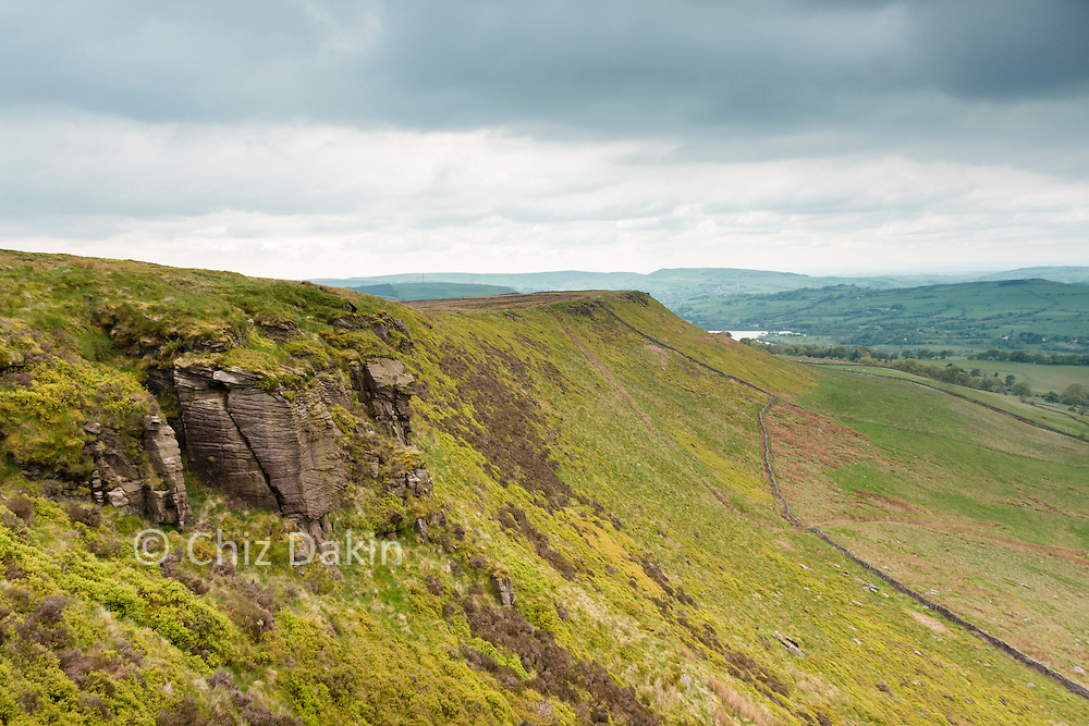 Short Edge - looking towards Castle Naze and Combs Reservoir