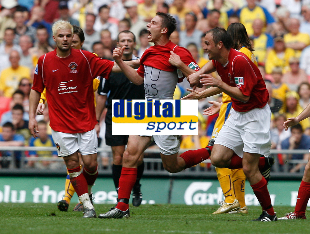 Photo: Steve Bond/Richard Lane Photography. <br />Ebbsfleet United v Torquay United. The FA Carlsberg Trophy Final. 10/05/2008. Chris McFee (C) celebrates