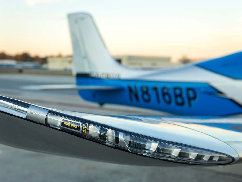 LED wing lighting of a Cirrus SR22T GTS.  <br />