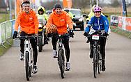BIDDINGHUIZEN - Prins floris en prinses Annette tijdens de tweede editie van De Hollandse 100 op FlevOnice, een sportief evenement van fonds Lymph en Co ter ondersteuning van onderzoek naar lymfeklierkanker.  COPYRIGHT ROBIN UTRECHT<br /> BIDDINGHUIZEN -  During the second edition of the Dutch 100 on FlevOnice, a sporting event fund Lymph and Co. to support research into lymphoma. COPYRIGHT ROBIN UTRECHT
