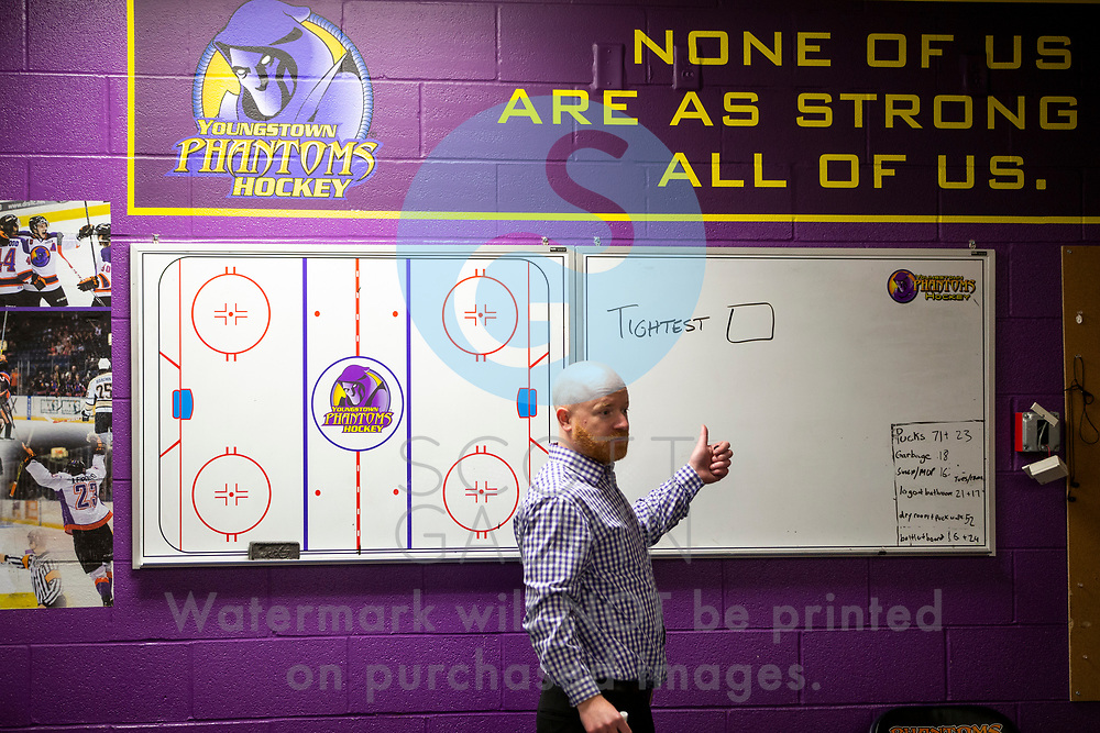 The Youngstown Phantoms defeat Team USA NTDP 5-1 during game 4 of the Eastern Conference Championships to advance to the USHL Clark Cup Finals at the Covelli Centre on May 5, 2018.<br /> <br /> Youngstown Phantoms head coach Brad Patterson