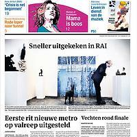 Parool 16 mei 2013: KunstRAI op de voorpagina.<br /> De KunstRAI begint woensdagavond in de RAI in Amsterdam. Op de 29e editie van de nationale kunstbeurs kunnen bezoekers kunst en design van ruim 75 bekende en opkomende galerieën aanschouwen en kopen.<br /> De KunstRAI wil bezoekers stimuleren echt aandacht te hebben voor kunst met een zogenoemde kunstdate. Geïnteresseerden kunnen aan een gedekt tafeltje een gerecht verorberen dat is geïnspireerd op een kunstwerk. Het is de bedoeling dat ze een kunstwerk beter leren kennen tijdens de eetafspraak.<br /> Naast een algemene stand hebben ongeveer 20 galerieën ook een speciale kraam waarin zij het werk van één kunstenaar exposeren.<br /> Foto:Jean-Pierre Jans