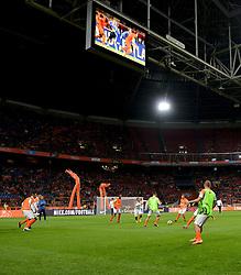 10-10-2014 NED: UEFA EK Kwalificatie Nederland - Kazachstan<br /> Positie spelletje / rondo basisspelers Oranje voor de aftrap. Training