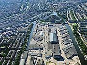 Nederland, Noord-Holland, Amsterdam, 02-09-2020; Staatsliedenbuurt, Centrale Markt, Kostverlorenvaart (en Westelijk en Oostelijk Marktkanaal). De Centrale Markthallen Amsterdam zijn ook bekend onder Food CenterAmsterdam.<br /> Statesmen quarter, Central Market and Kostverlorenvaart. The Central Markthallen Amsterdam are also known under Food Center Amsterdam.<br /> <br /> luchtfoto (toeslag op standard tarieven);<br /> aerial photo (additional fee required);<br /> copyright foto/photo Siebe Swart