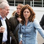 NLD/Amsterdam/20140504 - Dodenherdenking 2014 Olympisch Stadion, Frits Barend en dochter Barbara Barend