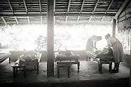 Ayurvedisk behandling i kryddträdgården.