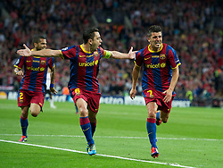 28-05-2011 VOETBAL: CHAMPIONS LEAGUE FINAL FC BARCELONA - MANCHESTER UNITED: LONDON<br />  David Villa celebrates scoring the third goal against Manchester United and celebrate this with Xavi<br /> ***NETHERLANDS ONLY***<br /> ©2011- FotoHoogendoorn.nl/nph/Chris Brunskill