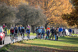© Licensed to London News Pictures. 22/11/2020. London, UK. Cyclists and walkers go out to exercise while enjoying the warm autumnal sunshine in Richmond Park, South West London as Prime Minister Boris Johnson is set to announce an end to the current lockdown. The Prime Minister is expected to address the Nation tomorrow to set out his plans for Christmas and the end of lockdown 2.0 on the 2nd of December 2020 with the opening up of shops, pubs and restaurants. However it is believed he will also introduce a new tougher three-tiered system with further localised restriction. Photo credit: Alex Lentati/LNP