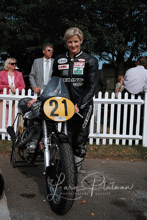 Goodwood Revival 2009 general scenes, drivers and characters