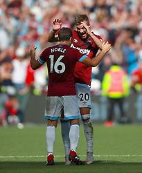 West Ham United's Mark Noble (left) and West Ham United's Andriy Yarmolenko